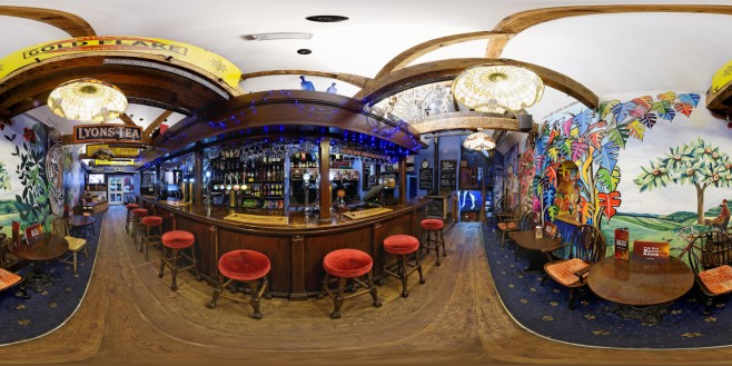 Findlays Real Ale Bar Pano 1_out